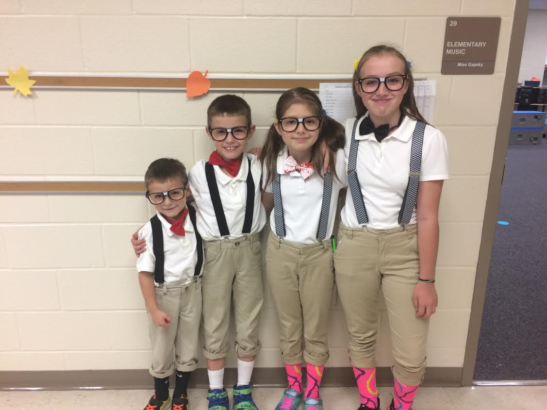 The Rouns family on Twin Day!